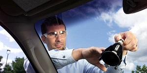 Windshield Repair Milwaukee